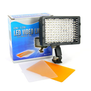 Cn-126-LED-Video-Light_440.jpg