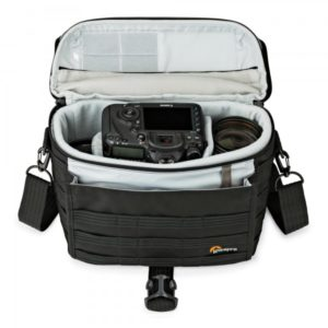 photoking-lowepro-10-1-protactic_sh180aw_stuffed_sq
