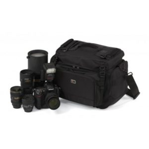 photoking-lowepro-12-1-magnum400_equip_big
