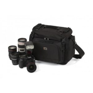 photoking-lowepro-17-1-magnum200_equip_big