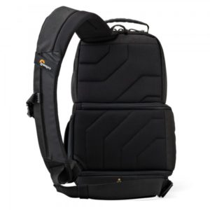photoking-lowepro-18-1-slingshot-edge150_back_sq