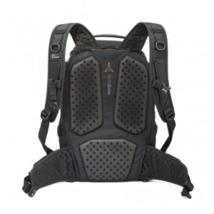 photoking-lowepro-20-1-protactic450_activzone_rgb