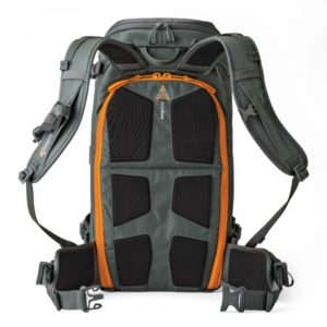 photoking-lowepro-3-1-whistlerbp_450_activzone