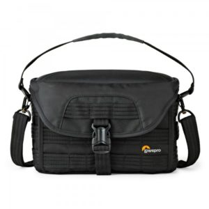 photoking-lowepro-30-protactic_sh120aw_front_sq